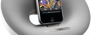 Philips Provides A Dock For Your iPhone/iPod