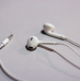 Apple&#8217;s New EarPods, better looks with improved sound effect